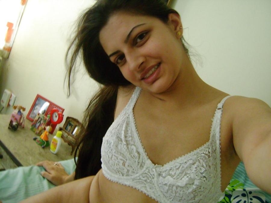 Wanita Arab seksi www.eghaira.wordpress.com (2)